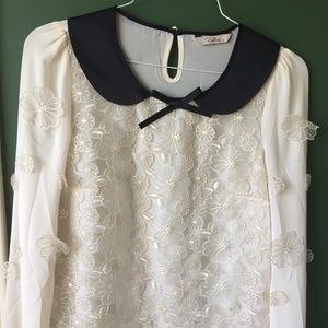 Chiffon Blouse w floral embroidery